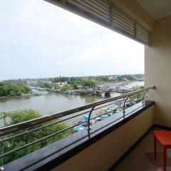 Отель Choy's Waterfront Residence балкон