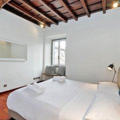 Апартаменты Farnese Elegant Apartment комната для гостей
