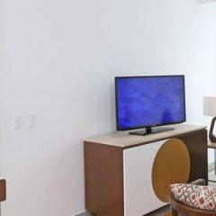 Отель Cali Marriott Hotel Колумбия, Кали - отзывы, цены и фото номеров - забронировать отель Cali Marriott Hotel онлайн удобства в номере фото 2