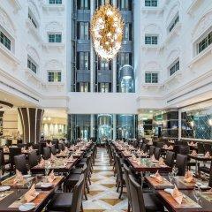 Отель Holiday Inn Bur Dubai Embassy District Дубай питание фото 2