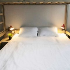 Lucky People Hostel комната для гостей