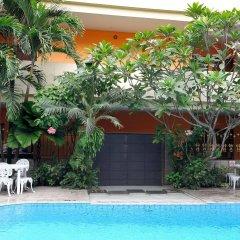 VIP Hotel бассейн фото 3