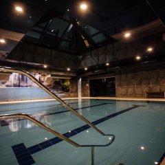 LH Hotel & SPA бассейн