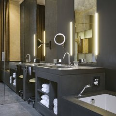 Отель W Amsterdam ванная фото 2