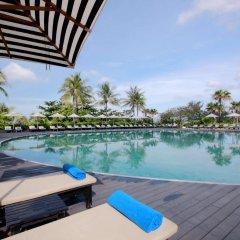 Отель Hilton Phuket Arcadia Resort and Spa Пхукет бассейн