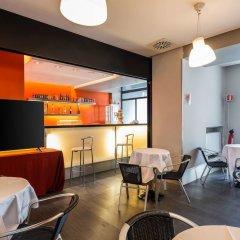 Quality Hotel Rouge et Noir гостиничный бар