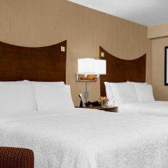 Отель Hampton Inn Manhattan-Times Square North США, Нью-Йорк - 1 отзыв об отеле, цены и фото номеров - забронировать отель Hampton Inn Manhattan-Times Square North онлайн комната для гостей фото 4