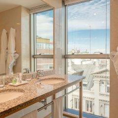 Отель Hesperia A Coruña Centro Испания, Ла-Корунья - отзывы, цены и фото номеров - забронировать отель Hesperia A Coruña Centro онлайн ванная
