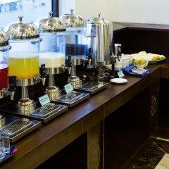 Отель Song Loc Luxury гостиничный бар