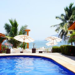 Отель Villas Miramar бассейн