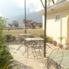 Отель Kathmandu Friendly Home Непал, Катманду - отзывы, цены и фото номеров - забронировать отель Kathmandu Friendly Home онлайн балкон