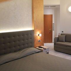 Hotel Gabbiano Римини комната для гостей