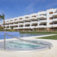 Апартаменты Apartment With 3 Bedrooms in Orihuela, With Wonderful sea View, Pool A бассейн