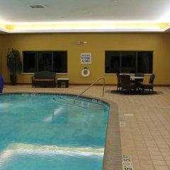Holiday Inn Express Hotel & Suites Greenville Airport бассейн фото 2