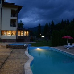 Family Hotel Vejen бассейн