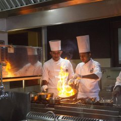 Отель Club Hotel Dolphin Шри-Ланка, Вайккал - отзывы, цены и фото номеров - забронировать отель Club Hotel Dolphin онлайн гостиничный бар