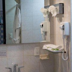 Отель Best Western Plus Gran Hotel Centro Historico Мексика, Гвадалахара - отзывы, цены и фото номеров - забронировать отель Best Western Plus Gran Hotel Centro Historico онлайн ванная