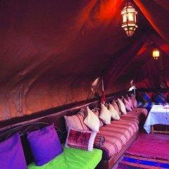 Отель Riad Zehar гостиничный бар
