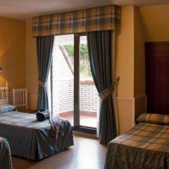 Отель Campomar De Isla Арнуэро сейф в номере