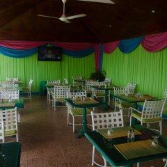 Отель Skymiles Beach Suite At Montego Bay Club Resort Ямайка, Монтего-Бей - отзывы, цены и фото номеров - забронировать отель Skymiles Beach Suite At Montego Bay Club Resort онлайн питание фото 2