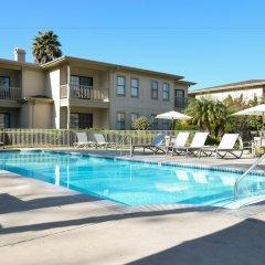 Отель Pacifica Suites бассейн фото 2