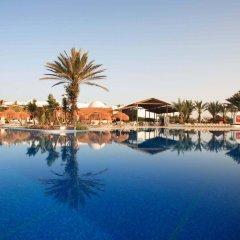 Отель Seabel Rym Beach Djerba Тунис, Мидун - отзывы, цены и фото номеров - забронировать отель Seabel Rym Beach Djerba онлайн бассейн фото 2