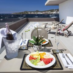 Апартаменты AxelBeach Ibiza Suites Apartments Spa and Beach Club - Adults Only балкон