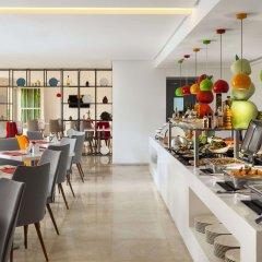 Ramada Hotel & Suites by Wyndham JBR питание