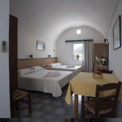 Отель Romani Studios Perissa Греция, Остров Санторини - отзывы, цены и фото номеров - забронировать отель Romani Studios Perissa онлайн комната для гостей фото 3