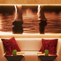 Отель Room Mate Laura Испания, Мадрид - отзывы, цены и фото номеров - забронировать отель Room Mate Laura онлайн гостиничный бар