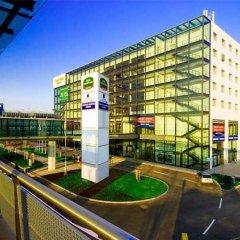 Отель Courtyard by Marriott Prague Airport спортивное сооружение