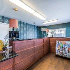 Отель Good Nite Inn West Los Angeles-Century City питание фото 3