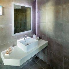 Отель Rivari Hotel Греция, Остров Санторини - отзывы, цены и фото номеров - забронировать отель Rivari Hotel онлайн ванная