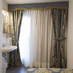 Отель Albergo Casa Peron Италия, Венеция - отзывы, цены и фото номеров - забронировать отель Albergo Casa Peron онлайн ванная фото 2