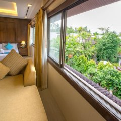 Отель Coconut Village Resort балкон