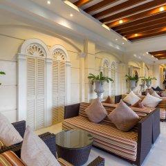 Отель Andaman Embrace Patong интерьер отеля