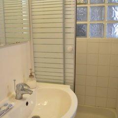 Отель Central Strasbourg Saint Denis Flat ванная фото 2