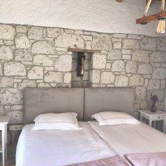 Отель Alacati Cona Butik Otel Чешме комната для гостей фото 2