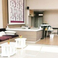 Отель Bee Orchid Pool Villa в номере