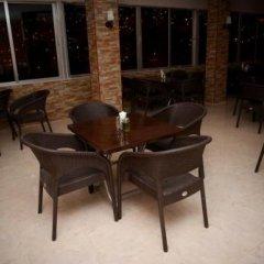 Отель Al Anbat Midtown 3 Иордания, Вади-Муса - отзывы, цены и фото номеров - забронировать отель Al Anbat Midtown 3 онлайн питание фото 3