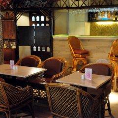 Отель Abbott Hotel Индия, Нави-Мумбай - отзывы, цены и фото номеров - забронировать отель Abbott Hotel онлайн гостиничный бар