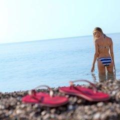 Crowne Plaza Hotel Antalya Турция, Анталья - 10 отзывов об отеле, цены и фото номеров - забронировать отель Crowne Plaza Hotel Antalya онлайн пляж фото 2
