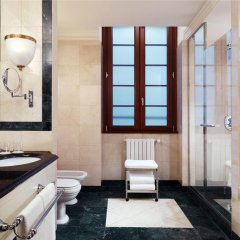 Отель The Westin Palace, Milan ванная фото 2