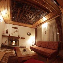 Отель Dobrikovskata Guest House Болгария, Чепеларе - отзывы, цены и фото номеров - забронировать отель Dobrikovskata Guest House онлайн комната для гостей фото 4