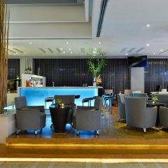 Отель BelAire Bangkok Бангкок гостиничный бар