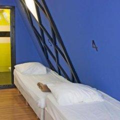 Отель The White Tulip Hostel Нидерланды, Амстердам - отзывы, цены и фото номеров - забронировать отель The White Tulip Hostel онлайн спа фото 4