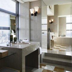 Отель Park Hyatt Tokyo Токио ванная фото 2