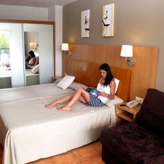 Отель Ohtels Vil·la Romana Испания, Салоу - 5 отзывов об отеле, цены и фото номеров - забронировать отель Ohtels Vil·la Romana онлайн комната для гостей