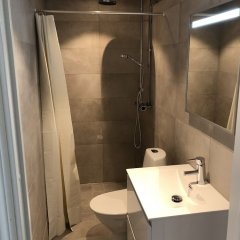 Апартаменты Hjorten Apartments Эребру ванная