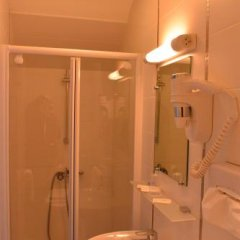 Отель Le Canter Франция, Сомюр - отзывы, цены и фото номеров - забронировать отель Le Canter онлайн ванная
